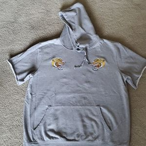 Men's  short sleeve hoodie size XL